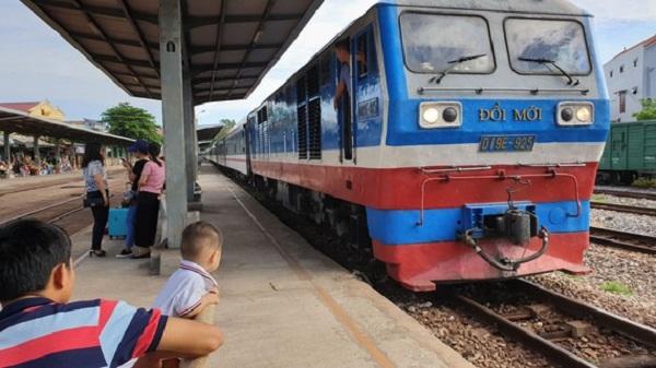 Mở bán đợt 2 vé tàu Tết Tân Sửu 2021