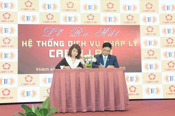 ký kết hợp đồng hợp tác phát triển với Công ty Đào tạo và giải trí Thi Thảo
