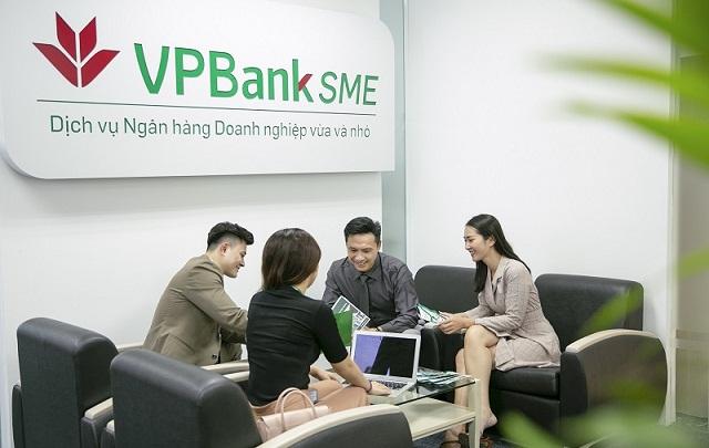 Bên cạnh khơi thông nguồn vốn, các doanh nghiệp còn được VPBank trợ lực trong vận hành với nhiều quyền lợi đi kèm