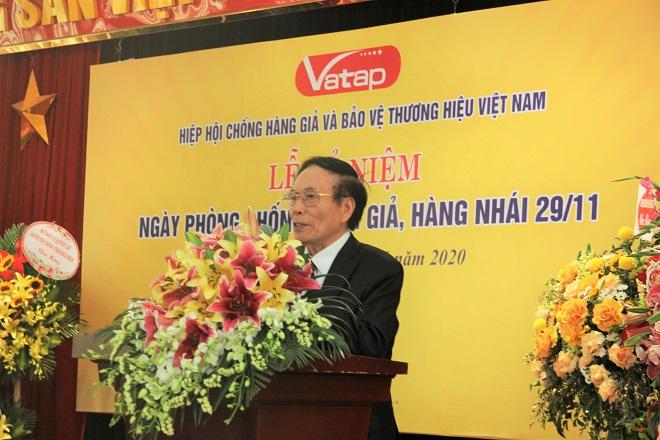 nguyên Chủ tịch Hiệp hội VATAP, Lê Thế Bảo phát biểu tại buổi lễ kỷ niệm