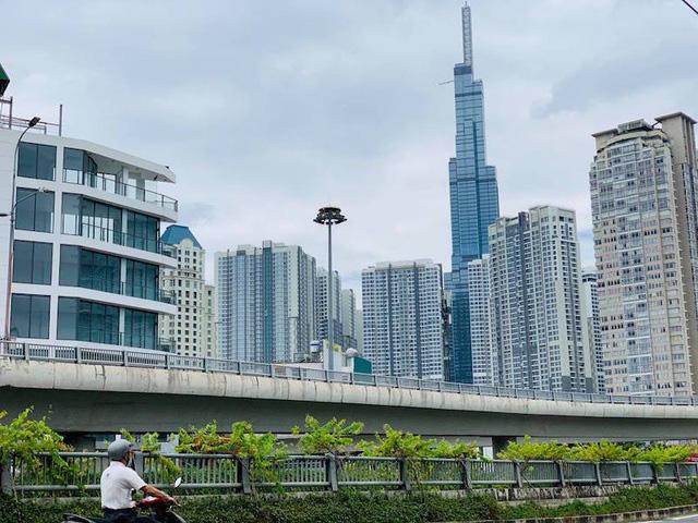 """Giá nhà đất liên tục tăng, lo ngại """"bong bóng"""" bất động sản?"""