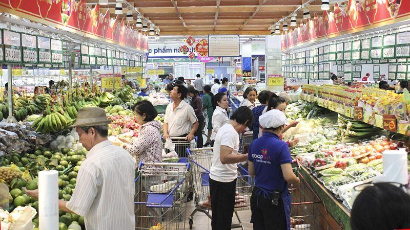 Tháng 11/2020, thương mại trong nước có mức tăng 2.3% so với tháng 10 và tăng 8.5% so với cùng kỳ năm trước, trong đó doanh thu bán lẻ hàng hóa đạt mức tăng cao 13.2%.