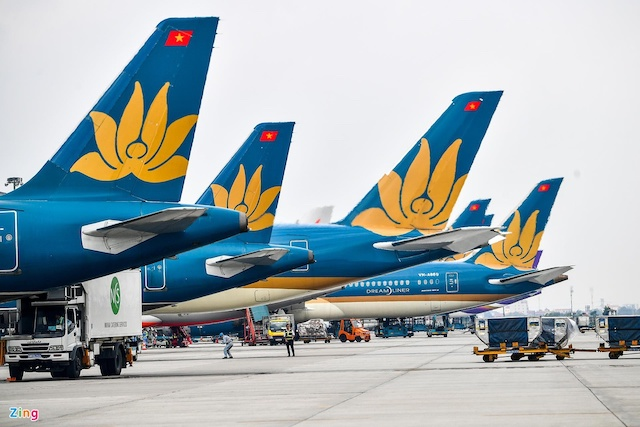 Tạm đỉnh chỉ 15 ngày đối với trưởng đoàn tiếp viên Vietnam Airlines