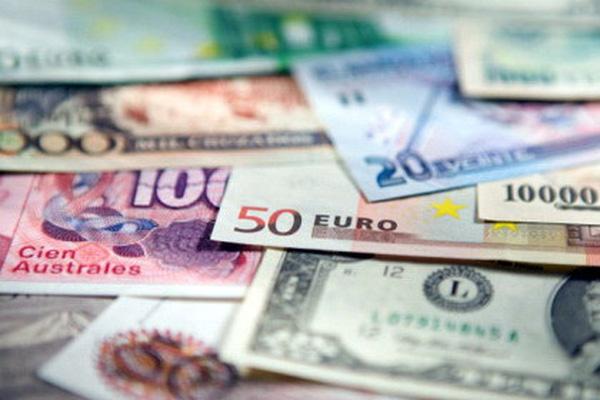 Đồng USD lao dốc