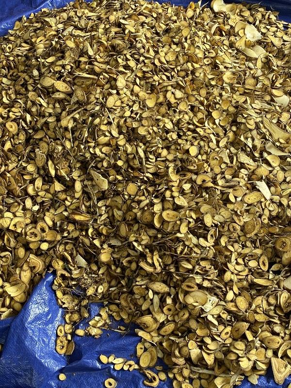 Sản phẩm của Thảo Mộc Hoa Ban có nguồn gốc 100% là thành phần thiên nhiên, nguyên liệu được trồng và thu hái từ vùng núi Tản Viên, Ba Vì.