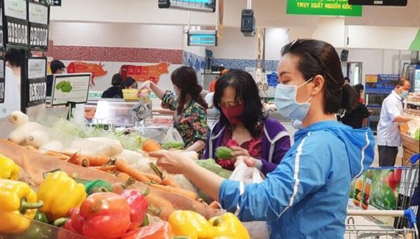 Hàng tết tại hệ thống bán lẻ Saigon Co.op rất đa dạng, hấp dẫn người tiêu dùng.