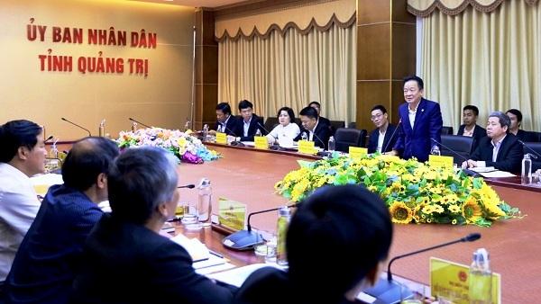 Ông Đỗ Quang Hiển, Chủ tịch HĐQT kiêm Tổng Giám đốc Tập đoàn T&T Group phát biểu tại buổi làm việc với lãnh đạo tỉnh Quảng Trị.