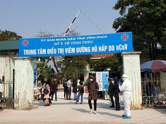 Cổng Phòng khám Đa khoa Quang Hà thuộc TT Y tế huyện Bình Xuyên