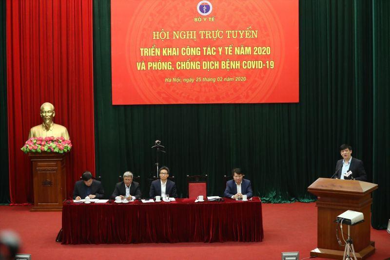 cuộc họp trực tuyến với 700 điểm cầu toàn quốc để triển khai công tác y tế năm 2020 và phòng, chống dịch Covid-19