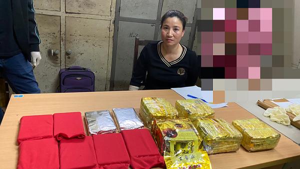Công an quận Ngô Quyền bắt quả tang Lâm Bích Liên về hành vi mua bán trái phép chất ma túy