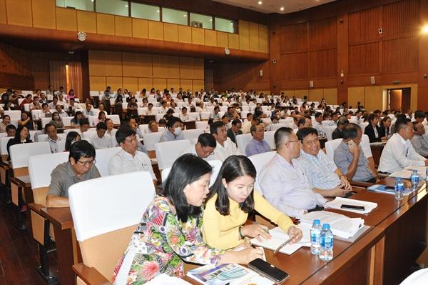 Chương trình đối thoại thu hút sự  quan tâm của đông đảo DN và NĐT