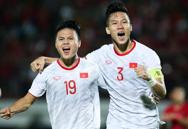 Tuyển Việt Nam đang dẫn đầu bảng G tại vòng loại World Cup (Ảnh: Hồng Nam)