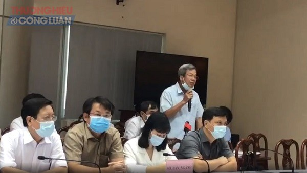 Ông Lê Mạnh Dũng, Phó Giám đốc Sở Xây dựng tỉnh Đồng Nai thông tin về vụ việc tại buổi họp báo về tình hình kinh tế xã hội năm 2020 của tỉnh Đồng Nai