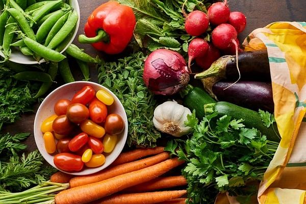 Giá thực phẩm ngày 8/1 đồng loạt tăng giá