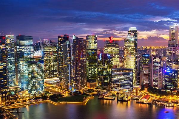 Singapore nổi tiếng với những tòa cao ốc chọc trời