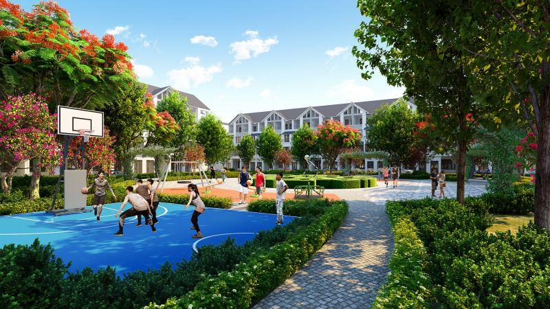 Khu vực sân thể dục thể thao, đường chạy bộ thoáng rộng trong khu đô thị Hinode Royal Park. Ảnh: TL.