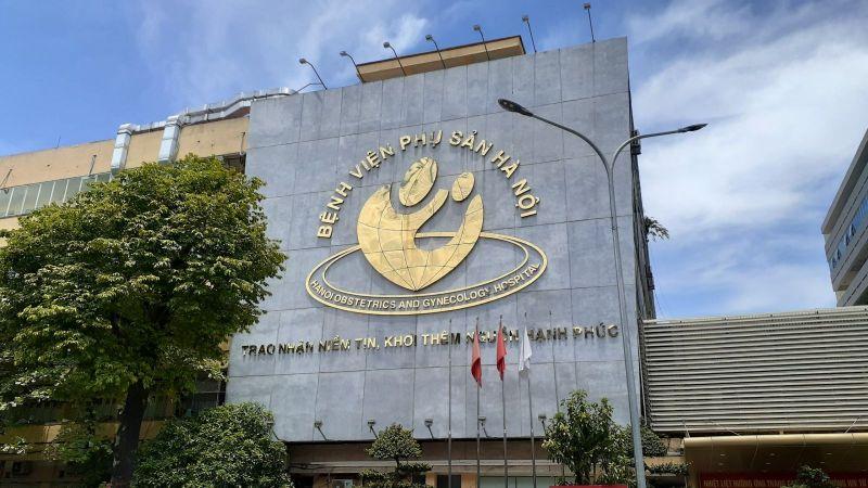 """Bệnh viện Phụ sản Hà Nội là một trong 04 đơn vị y tế tiêu biểu được Đảng và Nhà nước trao tặng danh hiệu """"Anh hùng lao động thời kỳ đổi mới"""""""