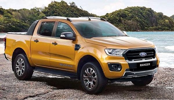 Ford Ranger bán được 2.221 chiếc