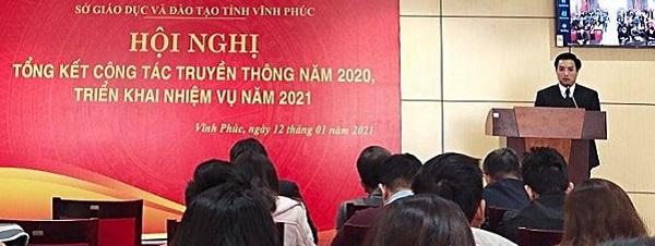 Giám đốc Sở GD&ĐT Nguyễn Văn Huyến phát biểu tại hội nghị
