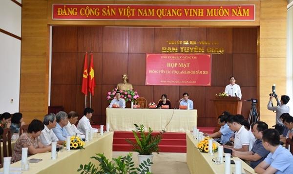 Ông Phạm Viết Thanh, Bí thư Tỉnh ủy BR-VT đánh giá cao vai trò của báo chí trong thông tin tuyên truyền góp phần phát triển KT-XH của tỉnh.