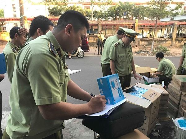 Trong năm 2020, Lực lượng QLTT tỉnh Đắk Lắk đã kiểm tra, thu giữ nhiều mặt hàng vật tư y tế phòng chống dịch Covid-19