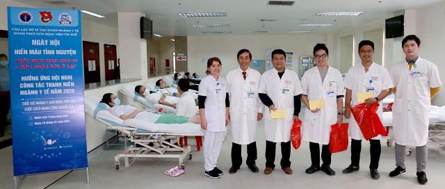 Tuổi trẻ Ngành Y với phong trào hiến máu tình nguyện