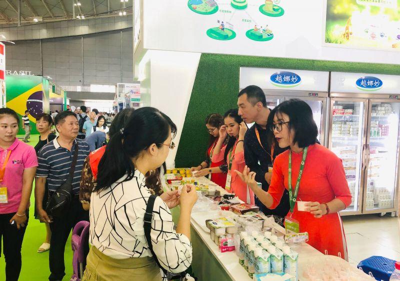 Nhiều hoạt động tiếp thị, giới thiệu sản phẩm được tổ chức tại Trung Quốc giúp người tiêu dùng làm quen với các sản phẩm Vinamilk