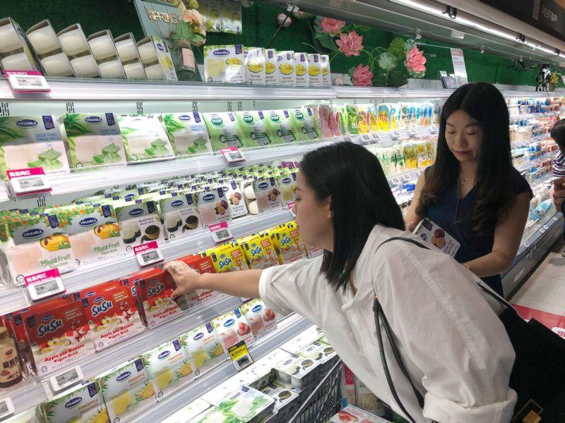 Sau sữa chua, nước giải khát thì sữa hạt và sữa đặc là những sản phẩm được Vinamilk đẩy mạnh để khai thác thị trường quy mô tỷ dân - Trung Quốc.