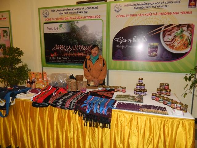 Nhiều sản phẩm chất lượng cao được trưng bày tại hội nghị