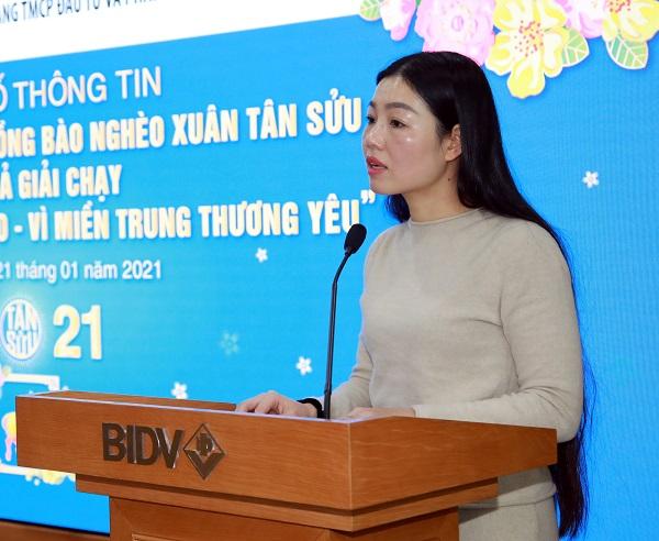 Bà Vũ Thị Loan - Ủy viên Ban chấp hành, Phó Trưởng Ban Chính sách kinh tế xã hội và Thi đua khen thưởng, Tổng Liên đoàn Lao động Việt Nam