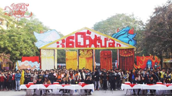 Số lượng sinh viên tham gia rất đông đảo ngày hội trại 360 Độ Xuân 2018