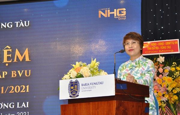 PGS.TS Nguyễn Thu Thủy, Vụ trưởng Vụ Giáo dục đại học phát biểu tại lễ kỷ niệm 15 năm thành lập BVU