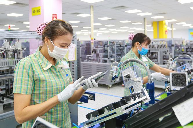 Kim ngạch xuất khẩu điện thoại và linh kiện tăng 93,6%