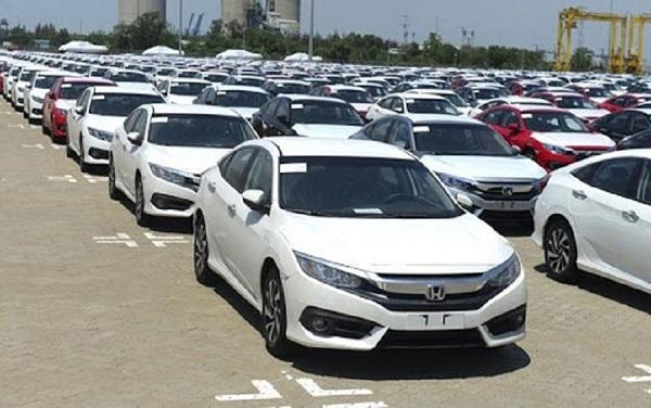 Chỉ có khoảng 6.000 ô tô nguyên chiếc được nhập khẩu về nước trong tháng 1/2021
