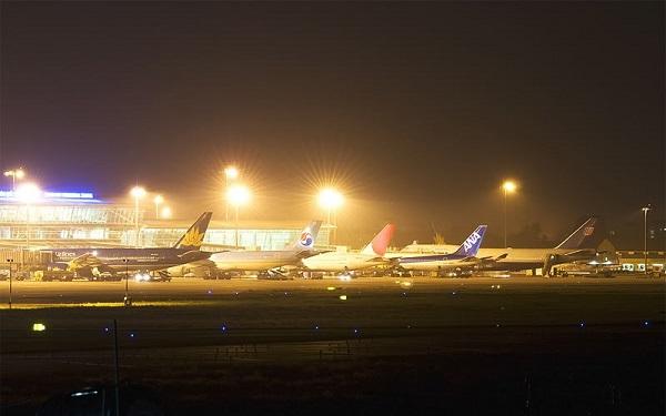 Tăng chuyến bay đêm tại Tân Sơn Nhất dịp Tết Nguyên đán 2021