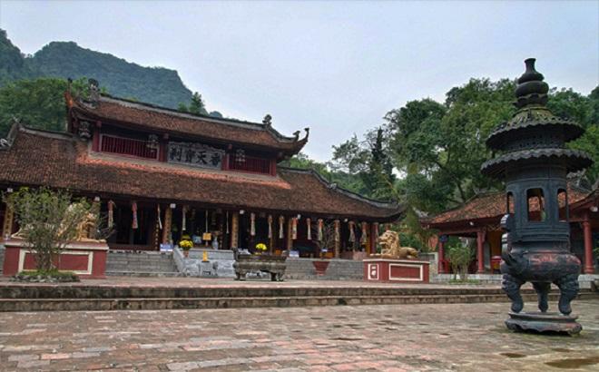 Huyện Mỹ Đức (Hà Nội) đã quyết định không tổ chức lễ khai hội chùa Hương vào ngày 17/2