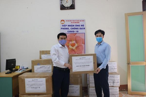 Tập đoàn Hòa Phát ủng hộ tỉnh Hải Dương 3 tỷ đồng phòng chống dịch COVID-19