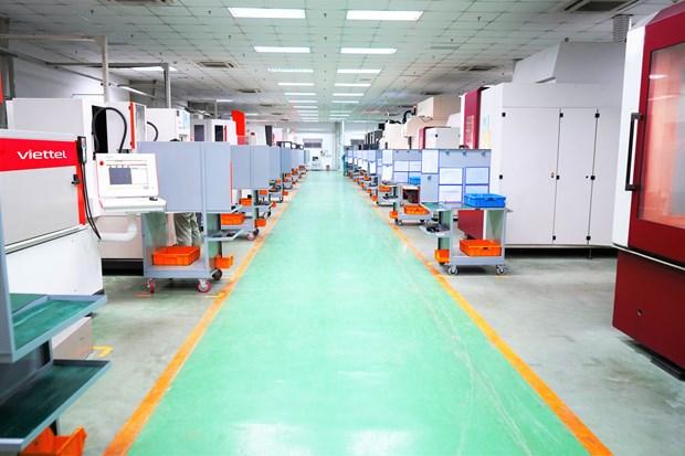 Dây chuyền sản xuất tại Công ty Thông tin M3 của Viettel