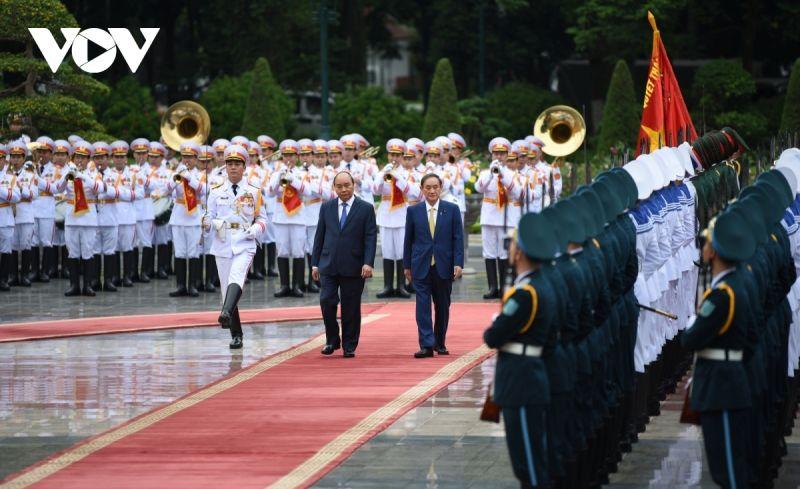 Thủ tướng Nhật Bản trong chuyến thăm Việt Nam tháng 10/2020. Ảnh: Ngọc Khánh
