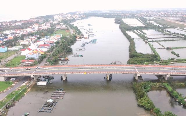 Sông Cổ Cò.