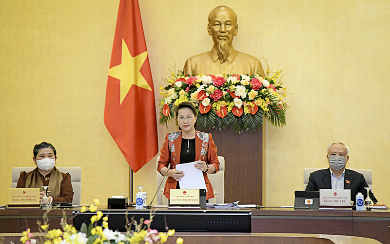 Chủ tịch Quốc hội Nguyễn Thị Kim Ngân phát biểu khai mạc phiên họp.