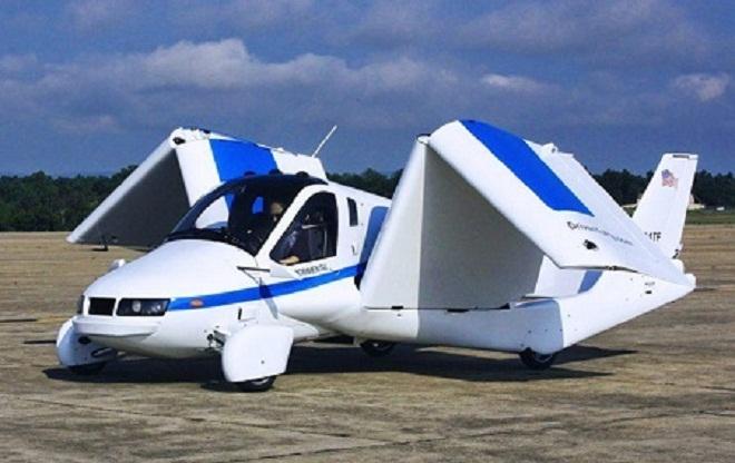 Xe ô tô bay của Terrafugia có thể gập gọn lại khi di chuyển trên mặt đất