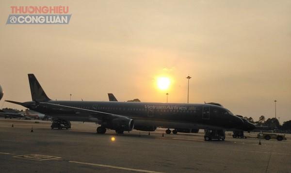 Theo thống kê của Vietnam Airlines, trong năm 2020, Vietnam Airlines khai thác khoảng 96.500 chuyến bay (giảm hơn 48% so với năm trước do ảnh hưởng của dịch Covid-19)