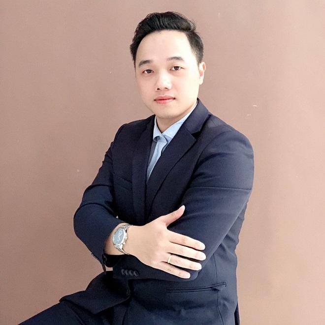 CEO Tiến Phương – Trưởng bộ môn Chăm sóc Da – Khoa Thẩm Mỹ trường Cao đẳng Công Nghệ y Dược Việt Nam