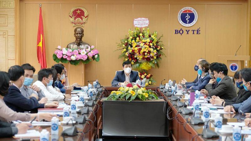 Bộ trưởng Y tế chủ trì cuộc họp