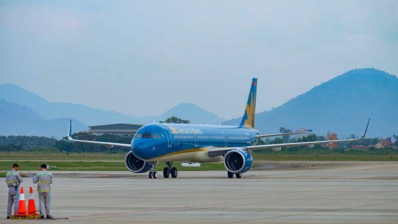 Từ ngày 3/3/2021, Vietnam Airlines sẽ trở thành hãng hàng không đầu tiên khai thác lại đường bay tới Vân Đồn kể từ sau khi bùng phát dịch COVID-19 tại Quảng Ninh