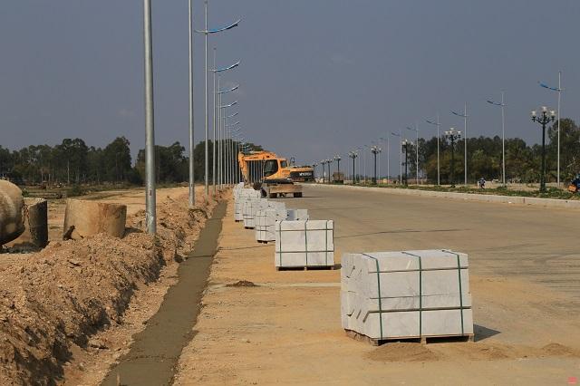 Thanh Hóa: Phấn đấu hoàn thành thi công Dự án đường giao thông nối TP Sầm Sơn với Khu kinh tế Nghi Sơn trước ngày 30/4
