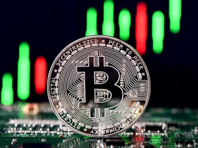 Chưa đầy một tuần, vốn hóa Bitcoin bốc hơi hơn 200 tỷ USD