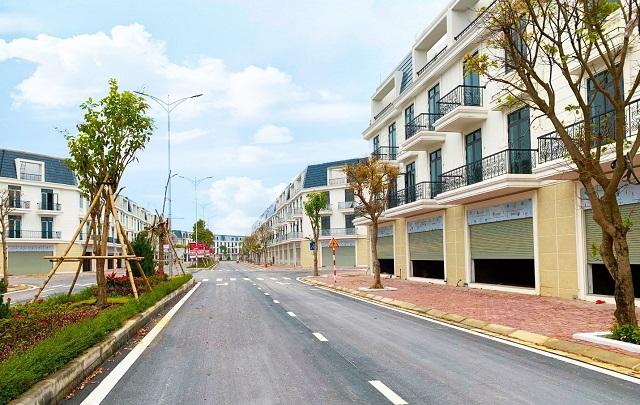 Nhà mặt phố tại dự án TNR Stars Diễn Châu mang đến cơ hội đầu tư sinh lời cao trong tương lai, đồng thời đáp ứng nhu cầu an cư hiện đại.