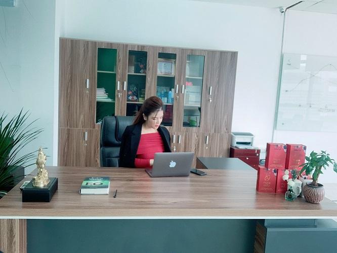 CEO Đinh Thiên Lý - Tổng Giám đốc Công ty Lycosme Việt Nam, đơn vị độc quyền phát triển sản phẩm Beauty Sâm